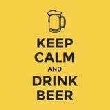 Utrzymanie spokojny i napoju piwo Obraz Stock