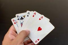 Utsålthand i en lek av poker arkivfoto