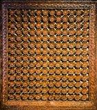 Utsökt trä tillverkade fönsterskugga royaltyfria foton