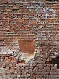 Utsatt gammalt murverk med grova Mortared skarvar royaltyfri bild