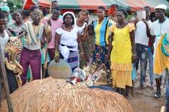 UTSEENDE AV AFRIKANSKA MASKERINGAR Arkivfoto