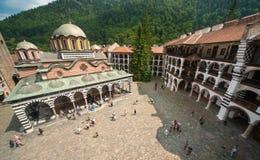 Utseendet av den kloster- kloster i den Rila kloster i Bulgarien Royaltyfri Bild