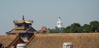 Utsikt av tak i Forbiddenet City, Peking, Kina arkivfoto