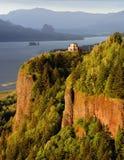 utsikt för flod för columbia klyftahus Fotografering för Bildbyråer
