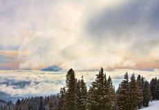 utsikt för USA för ungkarlmonteringsoregon solnedgång Royaltyfri Fotografi