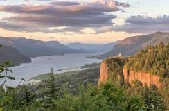 Utsikthus och klyftan Oregon Arkivfoto