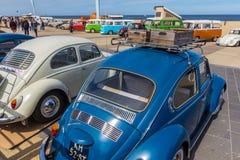 Utskjutande medel för klassiker på den Scheveningen stranden Arkivbild