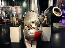 Utskjutningsbehållare för experimentella djur Hundkapplöpningastronaut Belka och Strelka Arkivbild