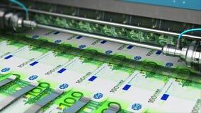 Utskrift av 100 europengarsedlar stock video