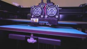 Utskrift på en skrivare 3D Industriell utskrift på skrivaren 3D Progressiv teknologi för utskrift 3d arbete f?r skrivare 3D arkivfilmer