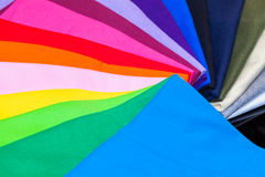 utslagsplatsskjortor som göras från bomull och fiber Royaltyfria Bilder