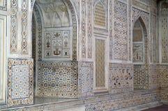 utsmyckad byggande lagd in marmor Royaltyfri Fotografi