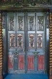 Utsmyckad dörr i Victor Hugo & x27; s-hus på Guernsey Fotografering för Bildbyråer