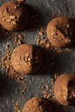 Utsmyckade mörka chokladtryfflar Royaltyfria Bilder
