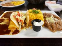 Utsmyckade taco och mexicansk mat royaltyfria bilder