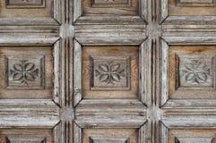 Utsmyckat gammalt trä fotografering för bildbyråer