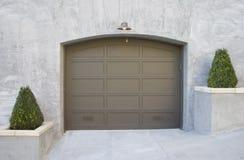 utsmyckat garage Arkivbild