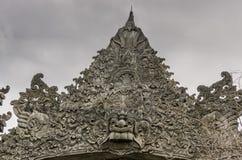 utsmyckat tak av en tempel arkivfoton