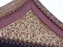 utsmyckat tak för beijing porslin arkivfoto