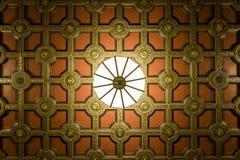 Utsmyckat tak och ljust fast tillbehör - Cleveland, Ohio fotografering för bildbyråer