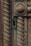 utsmyckat trä för dörrar arkivfoto