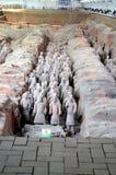 Utställning av den berömda kinesiska terrakottaarmén i Xian China Arkivfoton