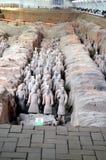 Utställning av den berömda kinesiska terrakottaarmén i Xian China Royaltyfria Bilder