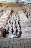Utställning av den berömda kinesiska terrakottaarmén i Xian China Royaltyfri Foto