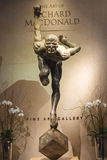 Utställning av statyCirque du Soleil konstnärer på det Bellagio Het Arkivfoton