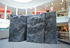 Utställning för granit- och marmorväggfreskomålning inom det nationella medborgerlig rättighetmuseet på Lorraine Motel fotografering för bildbyråer