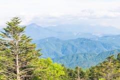 Utsukushigahara公园美好的风景视图有天空ba的 免版税图库摄影