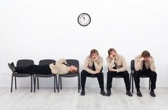 Uttråkat vänta för folk Fotografering för Bildbyråer