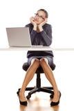 uttråkad affärskvinna Arkivbilder