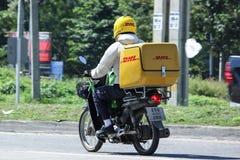 Uttryckliga DHL och logistik Mini Container Motorcycle Royaltyfria Foton