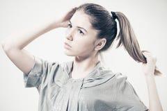 Uttrycksfull tonårig flickastående Royaltyfri Fotografi