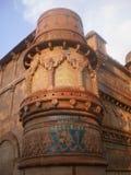 Utvändig arkitektonisk sikt av den maan singh slotten, Gwalior fort, Indien Arkivbild