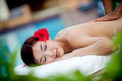 Utvändig massage royaltyfria foton