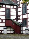 Utvändig trappuppgång till gallerit på kyrkan av fred i Jawor, Po Arkivfoton