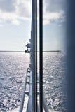 Utvändig vägg för skepp med skinande blick royaltyfria bilder