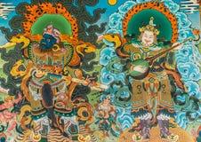 Utvändig väggmålning på Vihara av Namdroling den buddistiska kloster Royaltyfri Bild