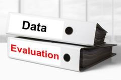 Utvärdering för kontorslimbindningdata Arkivfoton