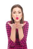 Utvikningsbild som blåser kyssar på kameran Royaltyfri Foto