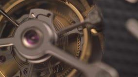 Uurwerkmechanisme met Juwelen stock videobeelden