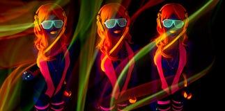 Uv glöddansare för sexigt neon Royaltyfri Bild
