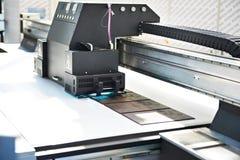 UV skrivare för stort format royaltyfria bilder