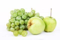 Uva e due mele Immagine Stock Libera da Diritti