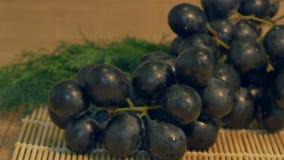 Uva na cozinha vídeos de arquivo
