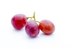 Uva no fundo branco Baga fresca Imagem de Stock