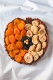 Uva passa secca dei fichi delle albicocche di frutti matta Immagini Stock Libere da Diritti
