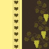 Uva su Brown con il modello giallo Immagine Stock